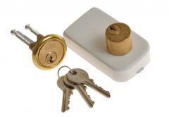 Rim Lock LOB TB52 Double-Cylinder, White